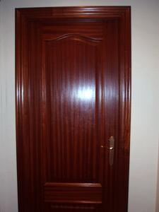 Lacado de puertas profesional - Como pintar puertas de sapeli ...