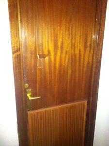 Reparaciones del hogar en madrid trabajos realizados for Restaurar puertas de madera interior